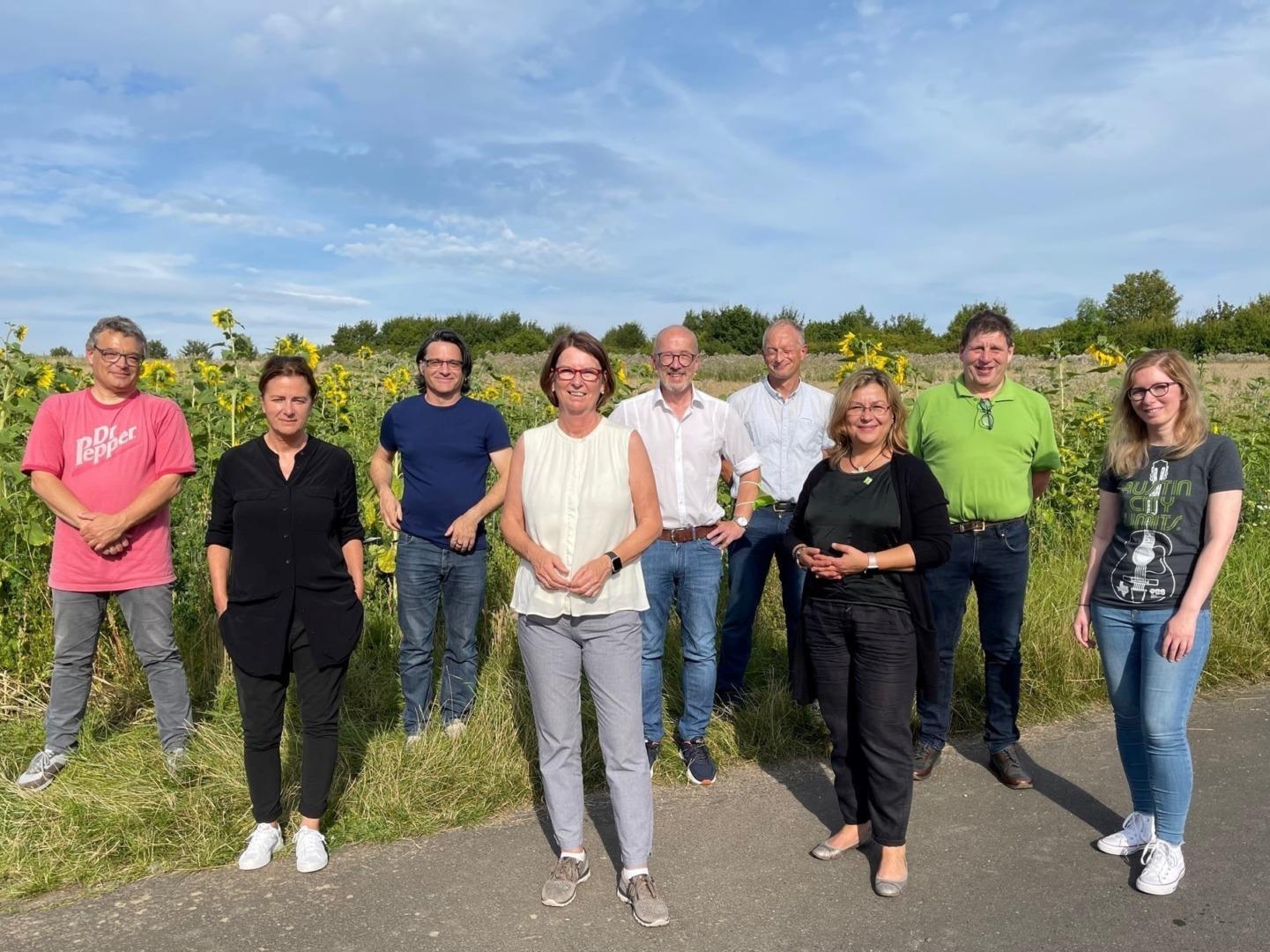 Priska Hinz eröffnet Feldflurprojekt in Eiterfeld