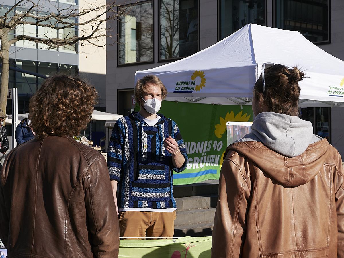 #Hierweilihresseid: Grüner Wahlkampfstand in Fulda